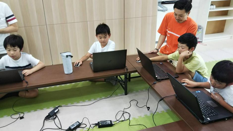 梅田からも近い(まなびおキッズプログラミング教室@大阪)